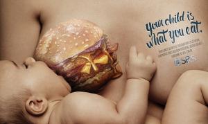 Τρώει ότι τρως; Η καμπάνια που έχει ξεσηκώσει τις μαμάδες